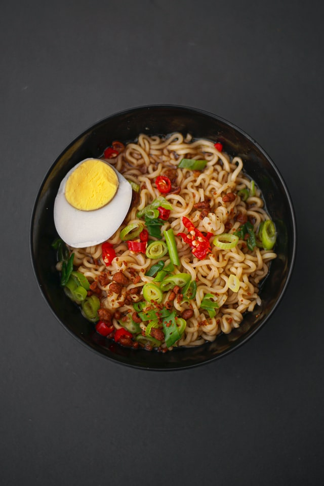 A picture of ramen noodles to highlight the subject of gluten free ramen noodles.